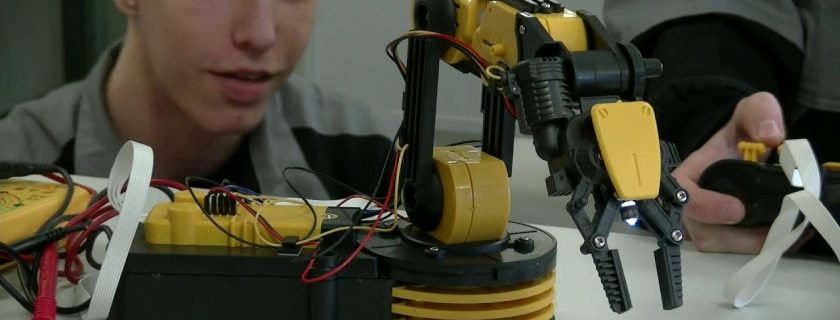 Študijný odbor mechanik elektrotechnik